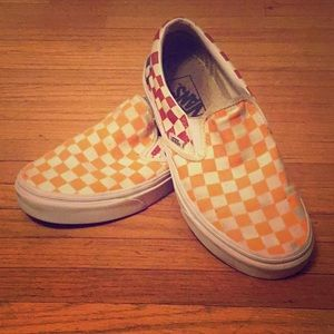 True colored vans